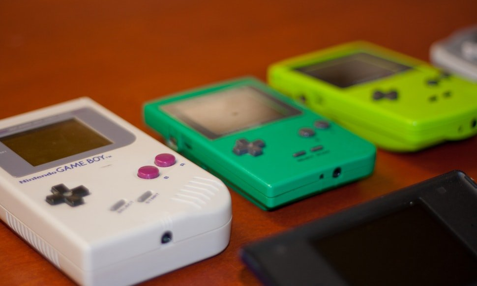 Game Boy, The Ultimate '90s Gift for Retro Gamers - MikeHistory